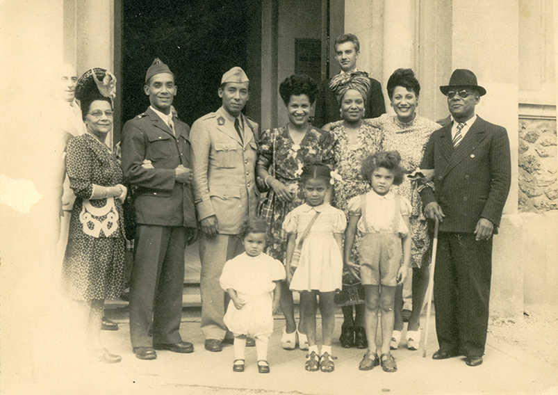 LTA et sa famille d'origine- 1934
