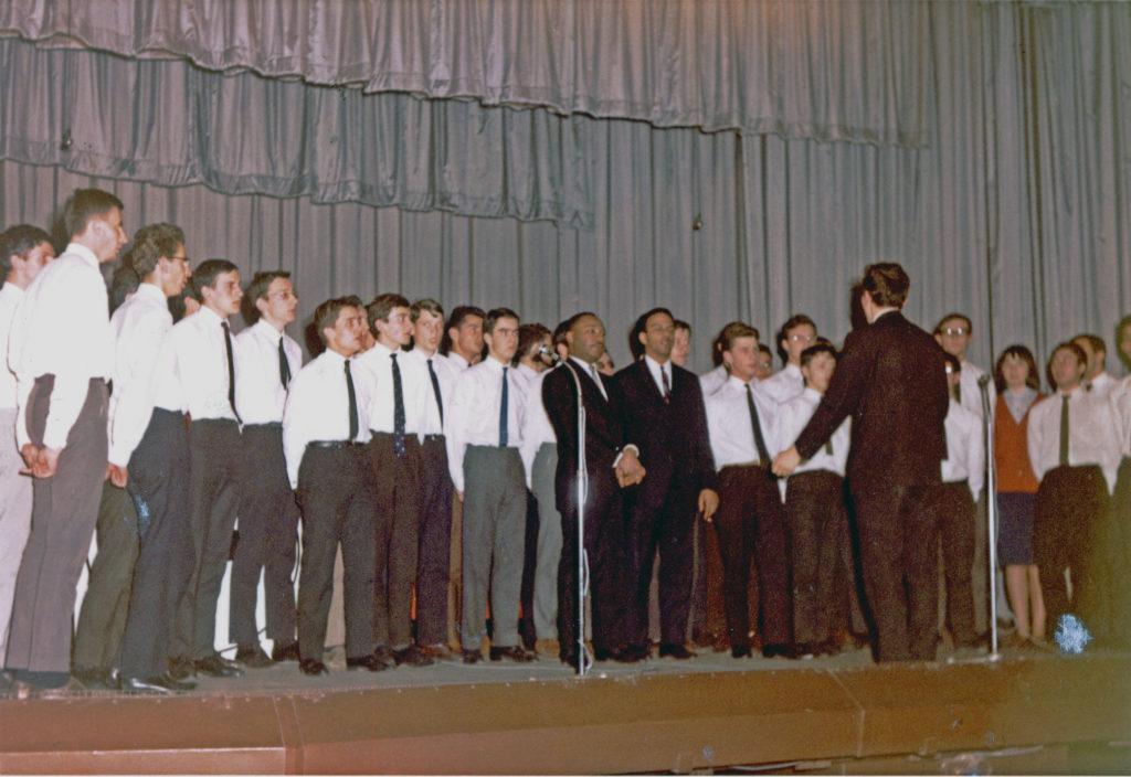 le PGC avec MLK à la Bourse du Travail de Lyon 29/03/1966
