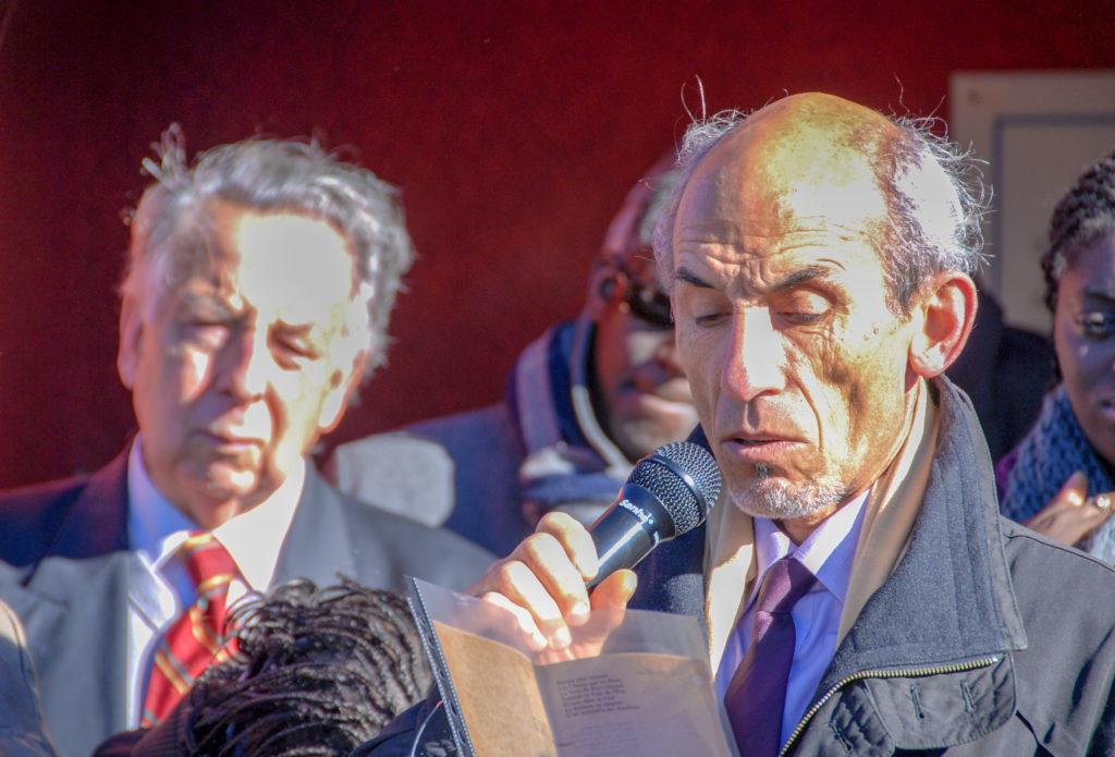 Dominique ACHILLE, fils aîné de Louis Thomas ACHILLE au cours de son intervention